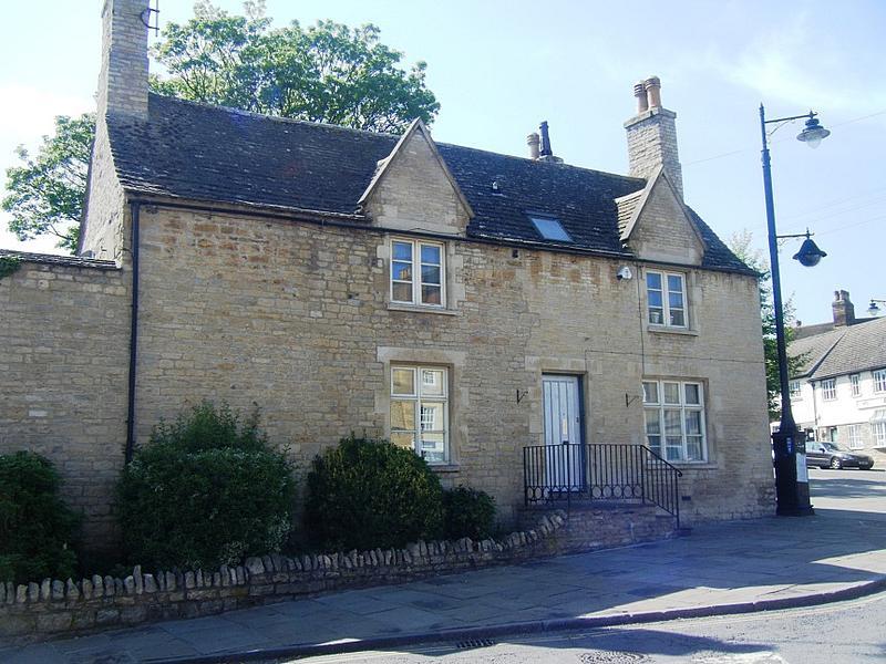 Castle Cottage, 8 Sheepmarket