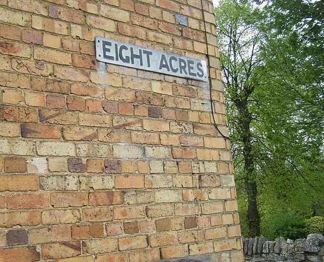 Eight Acres, Stamford