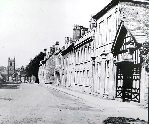 High Street, St Martins